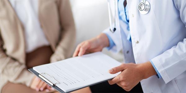 Прием в больнице пациента с гепатитом
