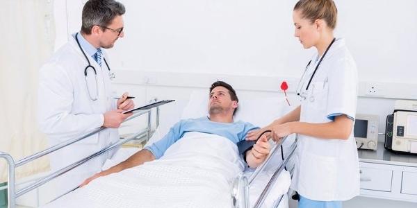 Мужчина с гепатитом С