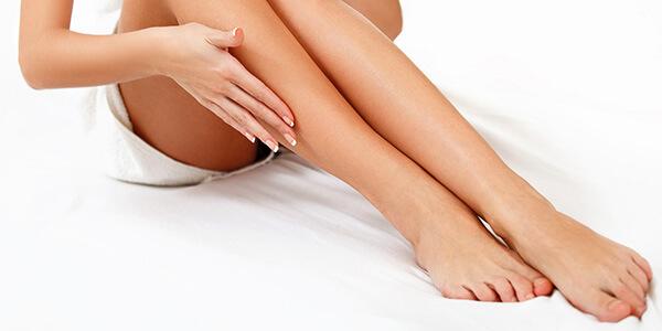 Порошок от запаха ног: аптечные присыпки и народные средства, их эффективность и правила выбора