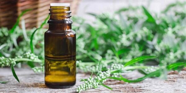 Гипергидроз: лечение дома и в аптеке, причины и основные методы, как избавиться от пота