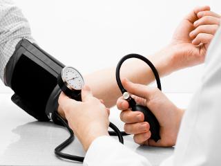 Гипертония: особенности классификации, клиническая картина и методы терапии