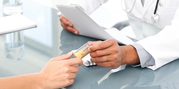 Лечение от глистов назначает врач