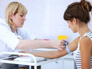 Как берут кровь из вены и как правильно сдавать анализ, а также как не допустить шишку или синяк после