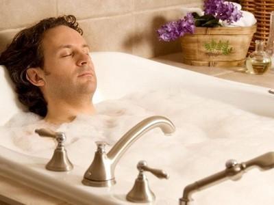 Горячие ванны при простатите как метод дополнительной терапии: рецепты и правила применения