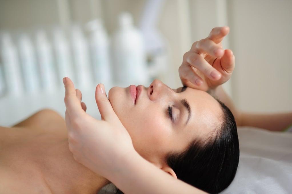 как сделать массаж лица от морщин видео