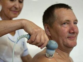 Ультразвук с гидрокортизоном в виде мази и электрофорез с препаратом